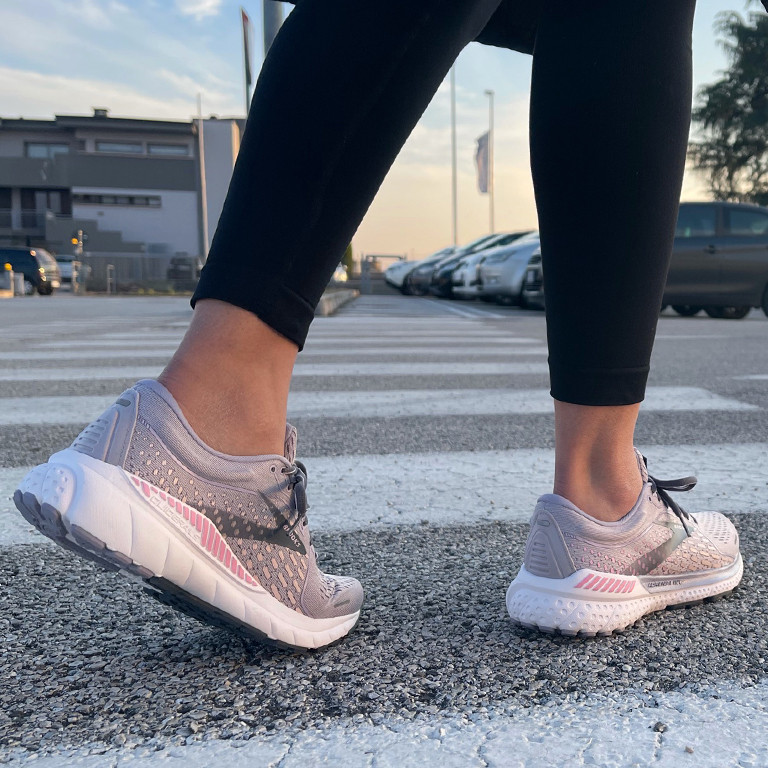 Migliori-scarpe-camminata-veloce.jpg